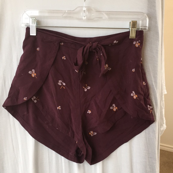 Urban Outfitters Pants - Urban Outfitters shorts